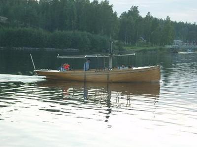 lägga till båt vid brygga